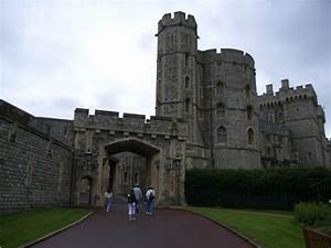 Famous Historic Buildings & Archaeological Site in England ...