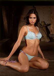 High Quality Wallpapers  Triumph Lingerie