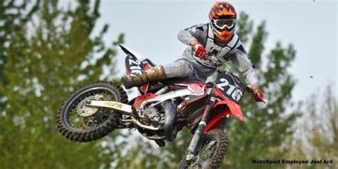 2 stroke motocross bikes how to pick the best 2 stroke exhaust for your dirt bike
