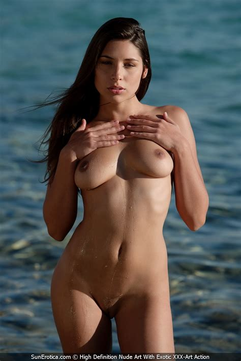 Adriana Nude Outdoors By Sun Erotica Photos Erotic Beauties
