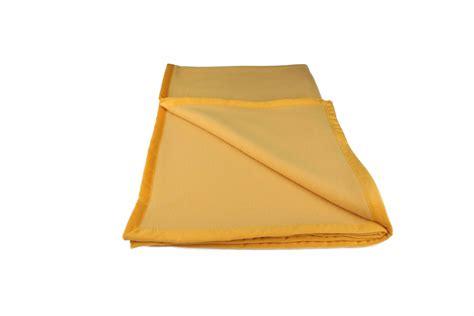 flauschdecke mit ärmel gardinen welt shop merino wolldecke flauschdecke mit samtbandeinfassung 100