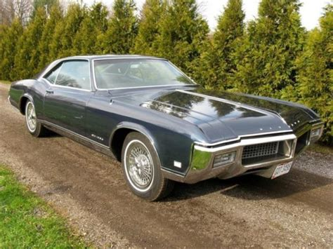 Classic 1968 Buick Riviera Gorgeous Personal Luxury In