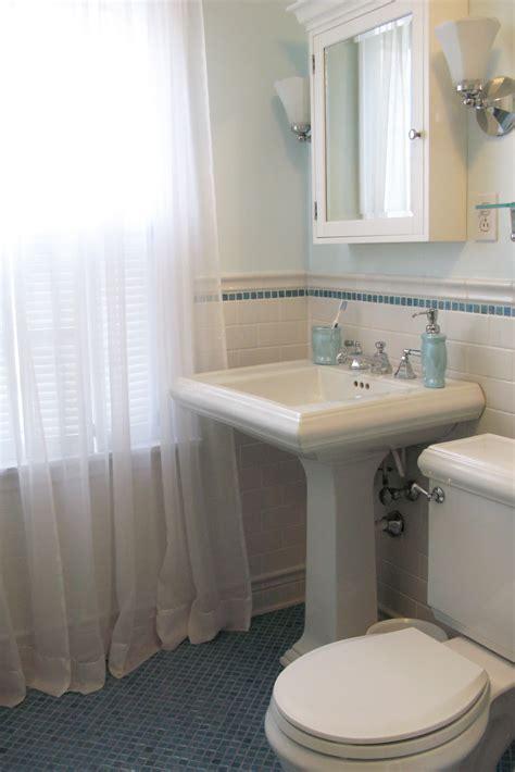 original bathroom tiles 4 bedroom just grand original 1930 39 s bathroom remodel