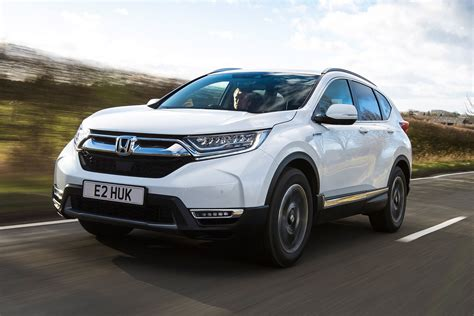 Honda CR-V Hybrid review - pictures   Carbuyer