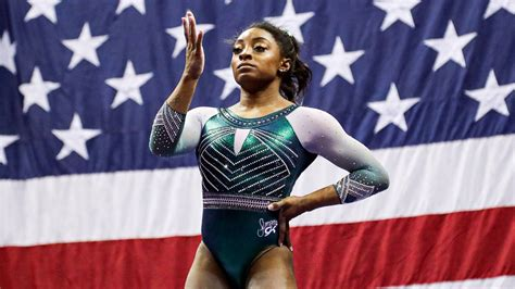 The us olympic chief praises simone biles for prioritising her mental health after she withdraws from the women's gymnastics team final in tokyo. Simone Biles Owns NFL Boyfriend Jonathan Owens in Rope ...