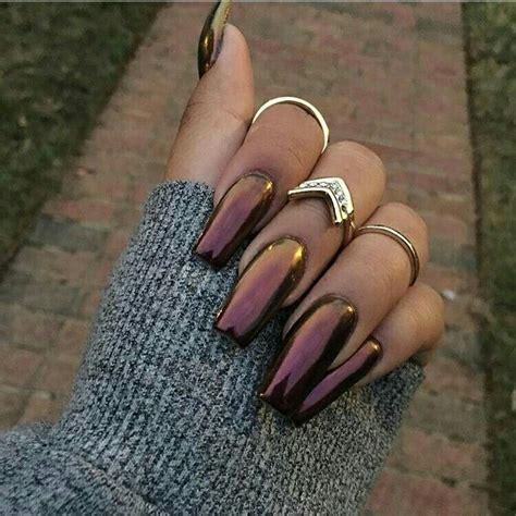 Los colores de uñas perfectos para tu tono de piel tostadita. @Fashion_Killaa …   Manicura de uñas, Uñas para piel morena, Uñas de gel