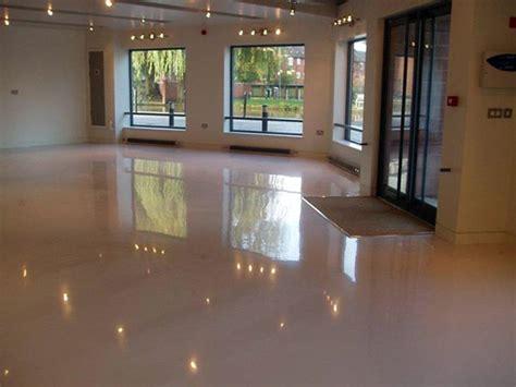 pavimentazione  resina  negozi modena carpi costo