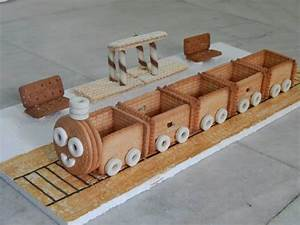 Biscuit train - Simple Craft Ideas