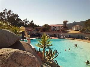 Location de vacances villa avec piscine u casedu a for Camping corse bord de mer avec piscine 4 camping colomba 224 propriano