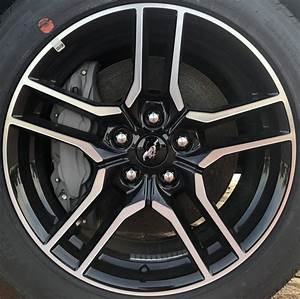 Ford Mustang 10157MB OEM Wheel   JR3Z1007A   JR3C1007BA   JR3CBA   OEM Original Alloy Wheel