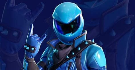 unlock  exclusive honor guard skin  fortnite