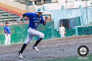 Radito Banzon bounces back as Ateneo shuts out NU for ...