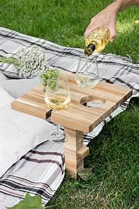 Ikea Tisch Garten : picknicktisch weinhalter schneidebrett ikea hack zwo ste ~ Markanthonyermac.com Haus und Dekorationen