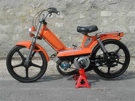 Peugeot Mopeds by 1000 Ideas About Peugeot 103 On Scooter 50cc