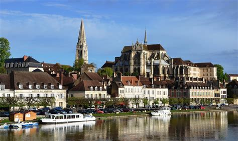 Burgundy ( Bourgogne ). A Voyage To