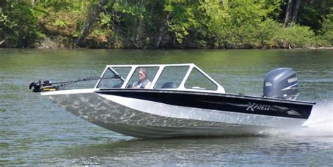 Catfish Boats by Research 2011 Xpress Boats X24 Catfish On Iboats