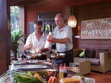 cours de cuisine en cours de cuisine en français à bali ubud pariliana