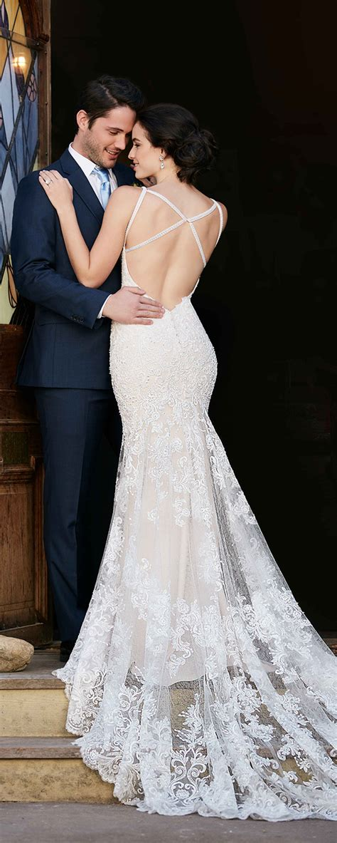 stunning open   wedding dresses