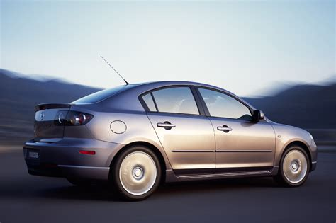 2004 Mazda 3s by 2004 09 Mazda 3 Consumer Guide Auto