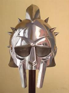 GLADIATOR HELMET Roman Greek Armor MAXIMUS Helmets Xmas ...