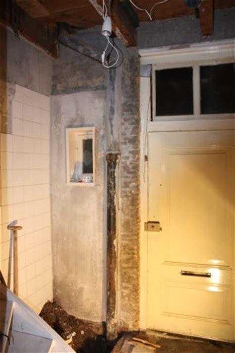 toilet riool eerste verdieping pvc aansluiten op 115mm gietijzeren riool