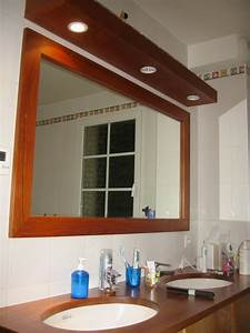 Miroir salle de bain lumineux sur mesure maison design for Miroir lumineux sur mesure