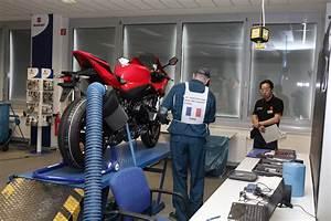 Magasin Moto Toulon : concession axe motos toulon suzuki kymco audemar ~ Medecine-chirurgie-esthetiques.com Avis de Voitures