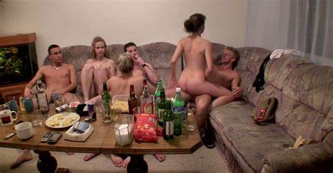 Russian Swingers Organize A Solid Group