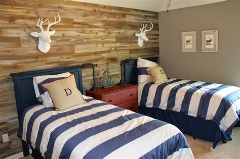 Wood Feature Walls. Woodland Themed Boys Room. Shared