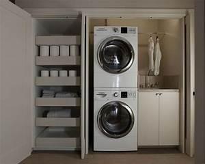 Kleine Waschmaschine Mit Trockner : hauswirtschaftsraum mit waschmaschinenschrank ideen f r ~ Michelbontemps.com Haus und Dekorationen