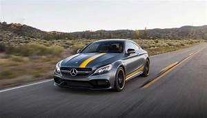 Mercedes C63s Amg : mercedes amg c63s coupe review robb report singapore ~ Melissatoandfro.com Idées de Décoration