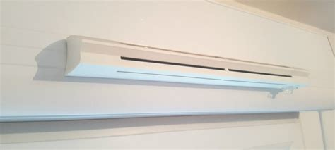 systeme aeration salle de bain poser une grille d a 233 ration fen 234 tre
