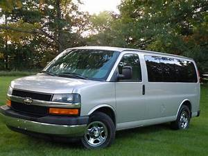 Find Used 2006 Chevrolet Express 1500 Lt Passenger Van 3