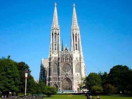 Vienna, Votive Church. VIRTOURIST.COM