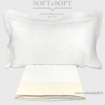 fa bene dormire senza cuscino lenzuola di puro lino