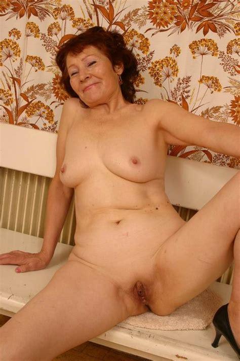 uzbek porn 160748 Horny Amateur Granny From uzbekistan Pos