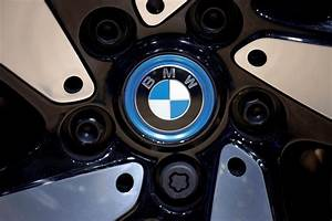 BMW to offer ride hailing services in China from December ...