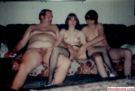 the bradys in a bunch 3d photo sexy girls