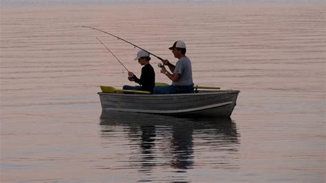 Small Fishing Boats Cabela S by Cabela S S Day Sale With Giveaway Upstate Ramblings