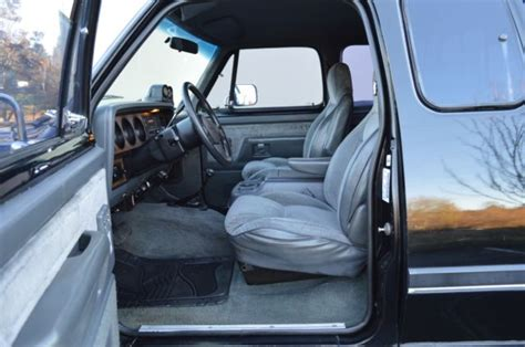 how can i learn about cars 1993 dodge caravan security system 1 owner 1993 dodge ram 250 club cab long bed 4wd 12 valve 5 9l cummins classic dodge ram 2500