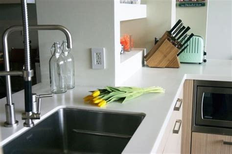 Corian Countertops Heat Resistant by All About Synthetic Solid Surface Countertops Kitchn