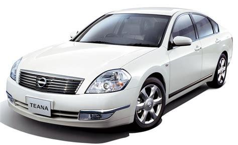 nissan teana 2009 silver car and driver