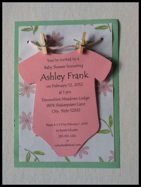 onesie   clothesline baby shower invitation neutral