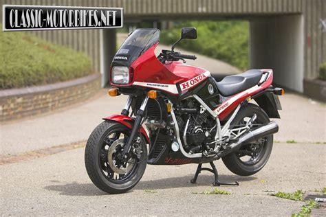 classic honda honda vf1000f road test classic motorbikes