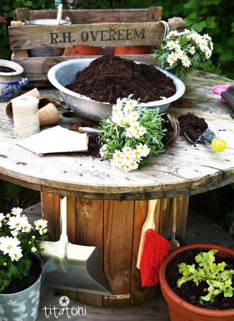 Gartenarbeitstisch Aus Alter Kabeltrommel Garten