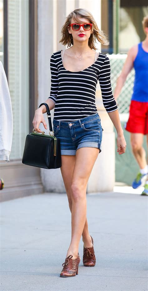 taylor swift street style height  weights