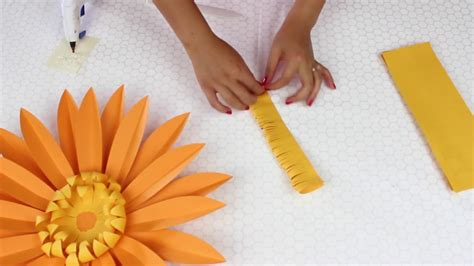 diy paper flowers daisy template  youtube