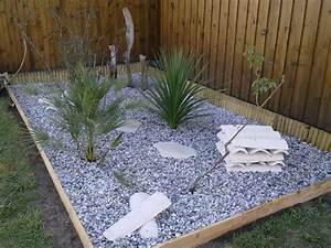 Eyredeco decoration d39interieur creation dun massif for Lovely amenagement jardin avec galets 9 creations massifs