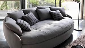 6 canapes insolites pour le salon canape rond diaporama With petit canapé convertible avec tapis jute rond