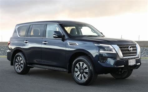 It is available in 4 colors, 1 variants, 1 engine, and 1 transmissions option. 2021 Nissan Patrol Ti-L (4x4) four-door wagon ...